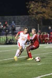 Benjamin Szemerny '19 beats a defender and goes on a rush during his four goal night.