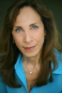 Dr. Susan Goetz Zwirn is the Graduate Director and Associate Professor of Art Education at Hofstra University. Courtesy: https://people.hofstra.edu/Susan_G_Zwirn/Index.htm