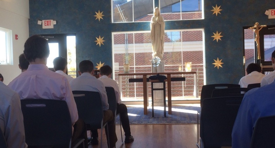 The students of Homeroom 1B conclude their retreat with Adoration of the Blessed Sacraments.